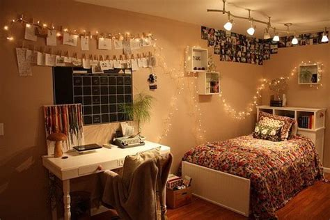 Bedroom Decorating Ideas Do It Yourself by 9 Creative Diy Room Decorations Mashoid