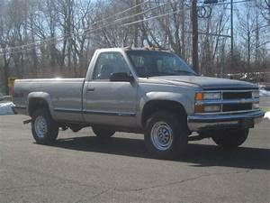 2000 Chevy 3500 Pick Up Truck V8 4x4 One Owner Only 65k
