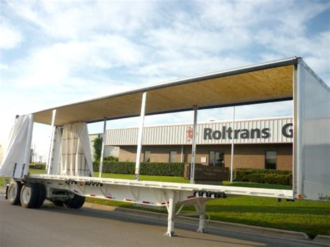 benefits of a curtain side or curtainside box trucks