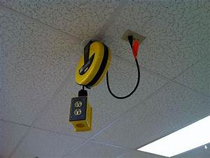 Electrical outlets handy on the ceiling Electrical