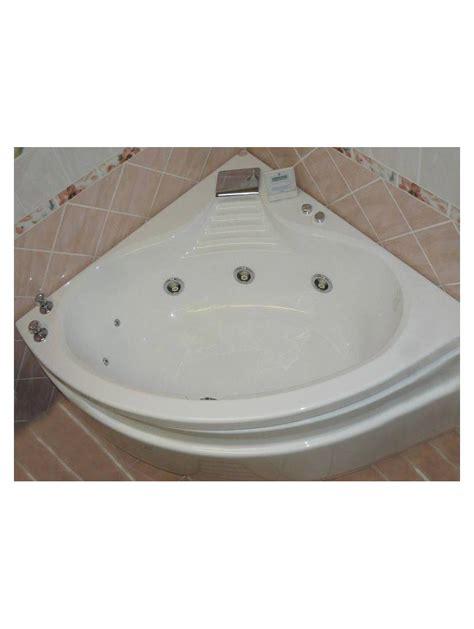 baignoire balneo angle baignoire d angle balneo hydromassage acrylique blanche
