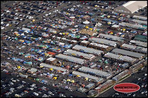 busy sunday   mile high flea market imagewerx