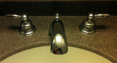 How To Fix A Leaky Bathroom Sink Faucet Fixing A Leaky Delta Bathroom Sink Faucet Faucet