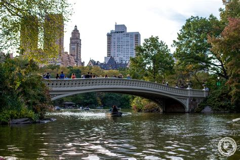 Canoes In Central Park by How To Explore Central Park In One Day A Traveling