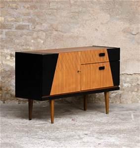 Meuble Scandinave Vintage : meuble buffet vintage en teck style scandinave motifs graphique noir gentlemen designers ~ Teatrodelosmanantiales.com Idées de Décoration