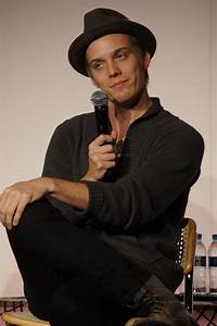 Jake Abel (aka Mark James) - I am Number Four Photo ...