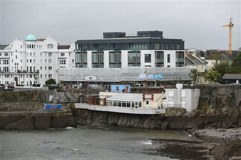 For the coffee lover who wants their coffee morning, noon and night. Ocean City Coffee Shop suffers as luxury Rivage aparments undergoes recladding - Plymouth Live