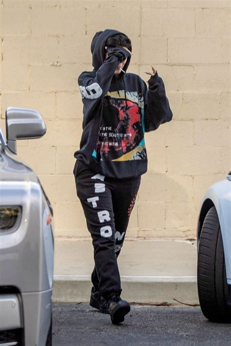 Was a superstar like what seems to bugatti kylie jenner offers loving tribute along with horsepower. KYLIE JENNER Drive Her Bugatti Chiron in Calabasas 12/17/2019 - HawtCelebs