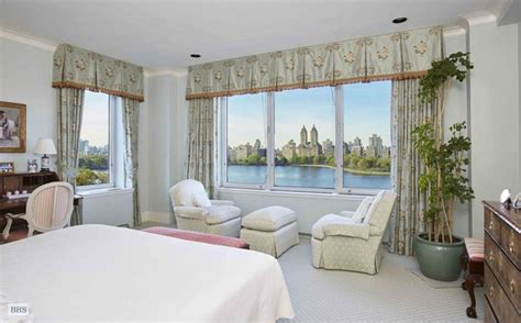 82 Million New York Apartment Breathtaking View by This 15 8 Million Co Op Has Panoramic Views Of The