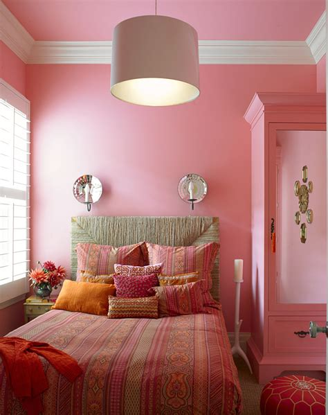 luxury bedroom decoration with pink color schemes