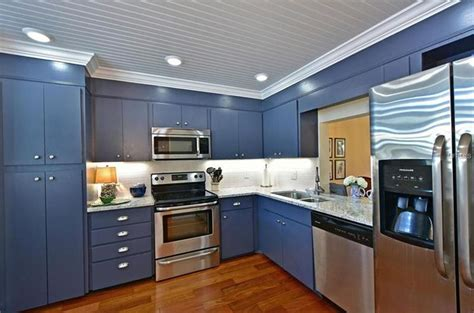 blue and white kitchen cabinets blue white kitchens with granite countertops kitchens