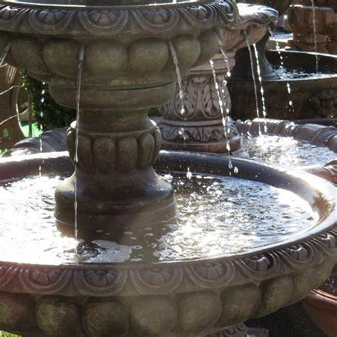 Traumhafte Gartenbrunnen Springbrunnen Wasserspiele