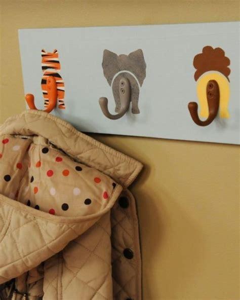 Deko Artikel Kinderzimmer by Diy Projekte Zuhause Kleiderhaken Ideen Tiere Kinderzimmer