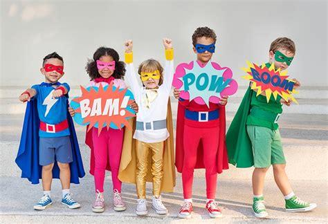 bild superheldenkostuem selber machen