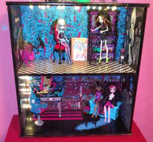 Dollhouse Bedroom Furniture Picture