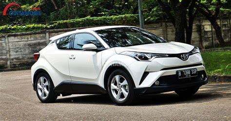 Gambar Mobil Toyota Chr Hybrid by Review Toyota C Hr 2018 Mendobrak Batas Konsep Crossover