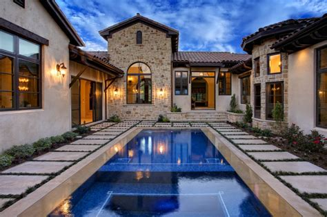 italian appeal   attractive tuscan style homes homesfeed