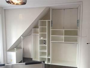 Schrank Unter Schräge : schlafzimmer schrank unter der schr ge einer gaube ~ Michelbontemps.com Haus und Dekorationen