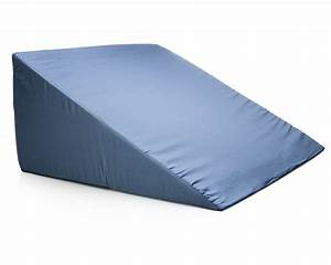 Amazoncom leg pillow bed wedge clinical therapeutic for Bed wedges for snoring