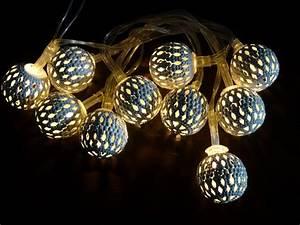 Led Lichterkette Kugeln : led lichterkette kugeln lichterketten weihnachten 10er warmwei led deko lampen weihnachten ~ Frokenaadalensverden.com Haus und Dekorationen