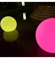 Boule De Lumiere : boules led lumineuses achat d 39 objets d co lumineux ~ Teatrodelosmanantiales.com Idées de Décoration