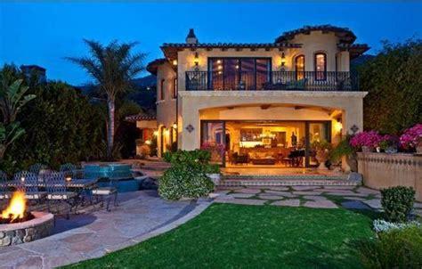 Ocean Front Malibu Home for Sale | Malibu homes, Celebrity ...