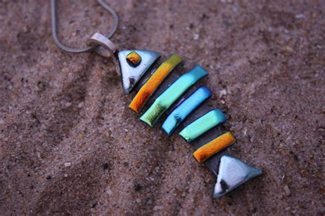 fused glass designs making fused glass jewelry