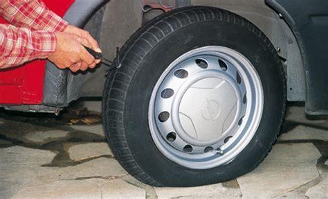tutoriel pour réparer soi même une pneu tubeless