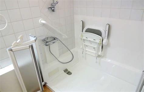 si鑒e pour baignoire revêtement fond antidérapant et baignoire senior bains