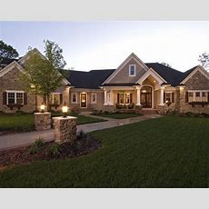 Beautiful Sprawling Ranch Style Home #ranchhomes