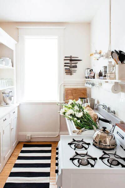 How To Decorate My Small Kitchen - 80 ways to decorate a small kitchen shutterfly