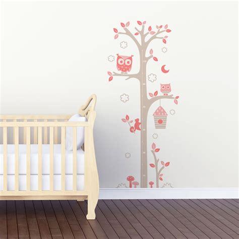 ambiance chambre bébé sticker mural quot toise chouettes gris et quot motif bébé