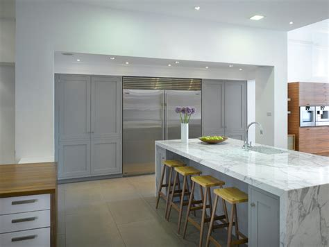 kitchen designs with islands and bars roundhouse kitchen materials contemporary kitchen