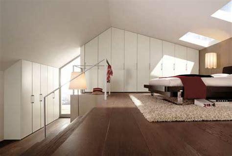 Schlafzimmer Auf Dem Dachboden Mit Großem Ankleideraum