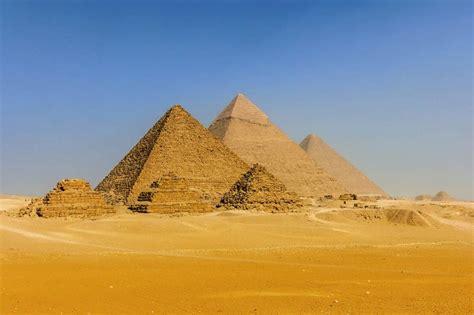 decoration pour chambre tableau egypte ancienne photographie des pyramides de gizeh