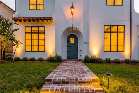 contemporary spanish colonial style home  jennifer hamelet