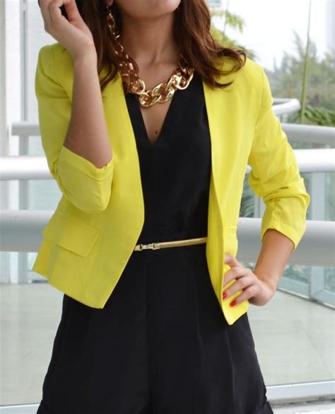 Yellow Blazer. Yellow and black outfit. Yellow blazer outfit | Her YELLOW | Pinterest