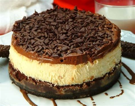 Mix cream cheese, sugar and vanilla at medium speed until well blended. 6 Inch Cheesecake Recipes Philadelphia : PHILADELPHIA Classic Cheesecake - Check out our recipe ...