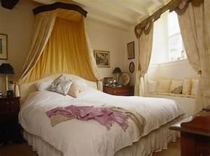Romantische Bilder Für Schlafzimmer : 8 sch ne romantische schlafzimmer von lonny ~ Michelbontemps.com Haus und Dekorationen