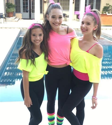 Best 25+ 80s party outfits ideas on Pinterest   Costumes 80u0026#39;s theme party 80s fashion party and ...