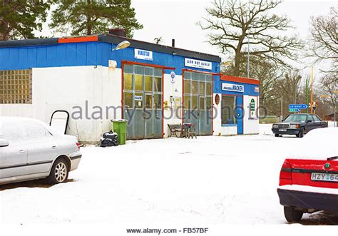 do it yourself auto repair garage near me garage stock photos garage stock images