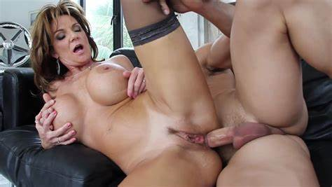 Teaching The Youthful To Take A Long Prick In Her Anal