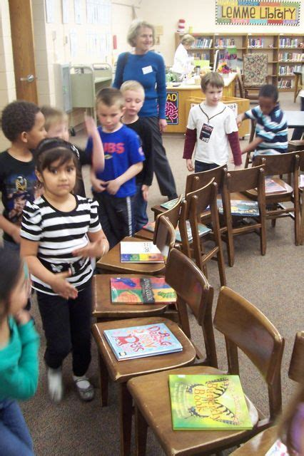 the 25 best kindergarten library lessons ideas on 929 | cea9b78d37d8ace5a81e64240afdd4b2 kindergarten library lessons kindergarten literacy