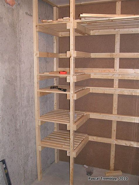 etagere chambre froide cold storage unit plan food storage shelves and storage bins