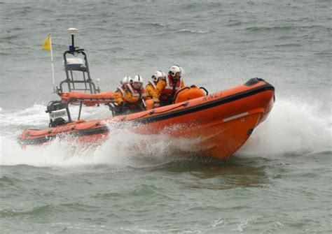 Fishing Boat Jobs Scotland by Three Sailors Missing As Fishing Boat Sinks In Scotland