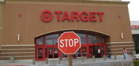"""We did not find results for: Target """"Deeply Regrets"""" Letting Someone Steal 40 Million Credit Card Numbers From Customers ..."""