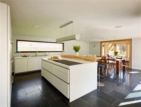 petites cuisines ouvertes amnager cuisine ouverte cuisine amenagement