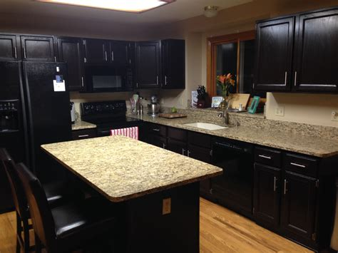 Gel Stain Cabinets by Gel Stained Cabinets Goodbye Honey Oak Gold Confetti