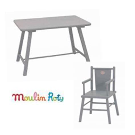 table et chaise moulin roty le grenier aux jouets spécialiste des jouets en bois