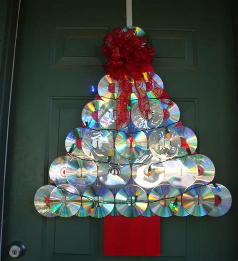 minute diy christmas decorations    cd discs
